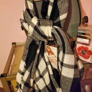 SCARVES GREAT DEAL  23 for 4 beautful scarves